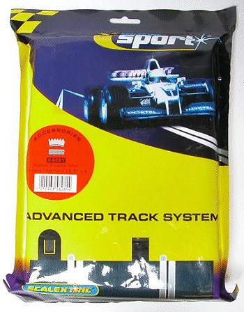 Scalextric R3 - Inner Tan Borders & Barriers 22.5° <br>( 4 pieces )-