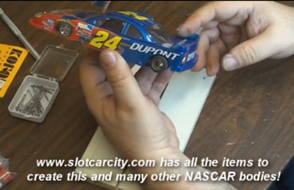 Pro mounting a Nascar body Download